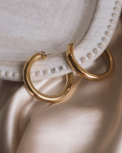 Alice Hoops Gold